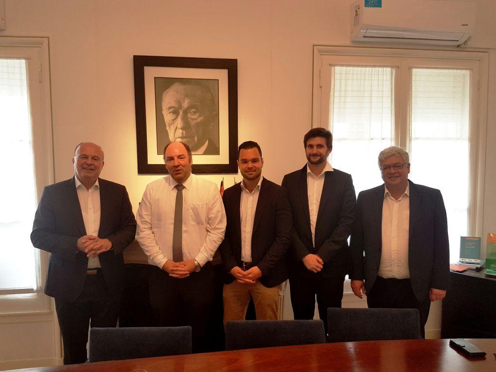 Im Gespräch mit dem Leiter des Auslandsbüros der Konrad-Adenauer-Stiftung in Argentinien, Olaf Jacob.